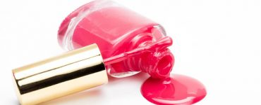 Toxicity of nail polishes